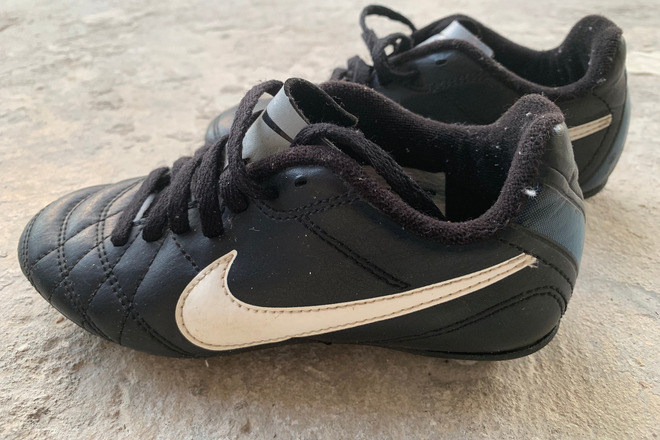 Kids Nike Soccer cleats (12c)
