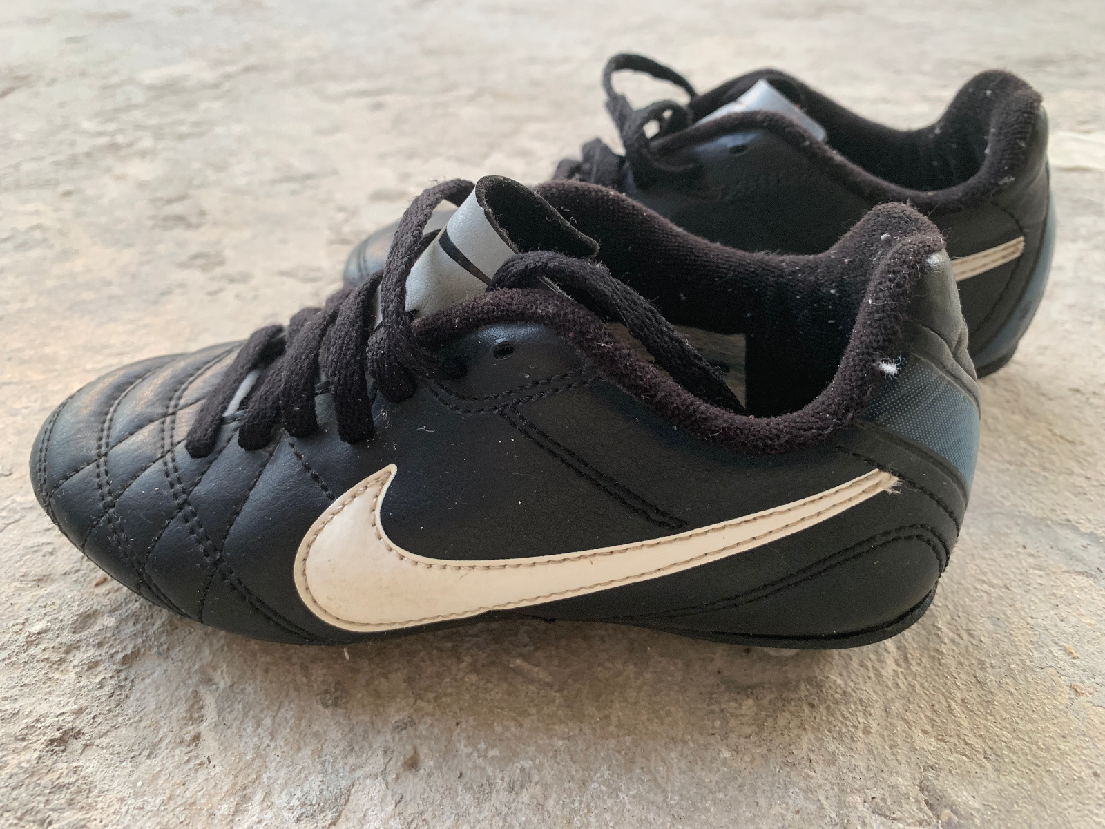 Kids Nike Soccer cleats (12c)