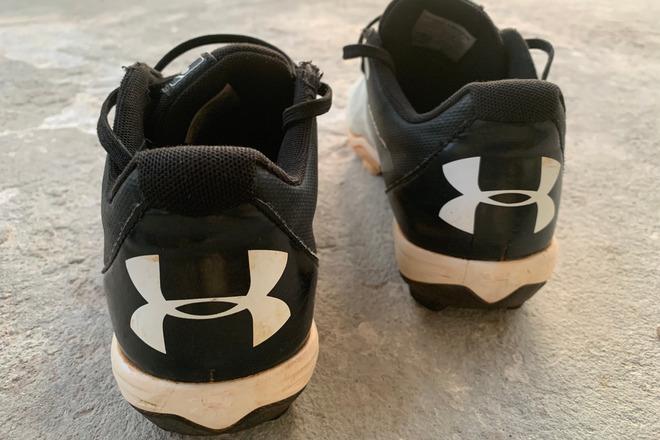 Kids Baseball Cleats (6.5)