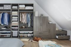 Per hour: Bedroom storage