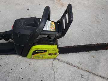 Sell: Gas Chainsaw