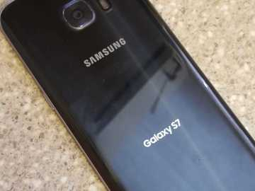 Sell: Samsung Galaxy S7