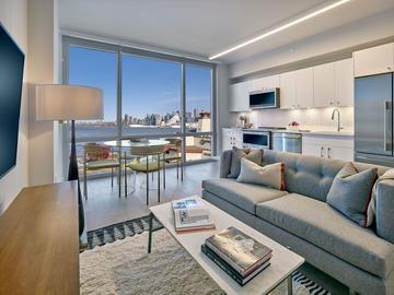 Renting out without online payment: Studio Apartment Minutes Away from Times Square