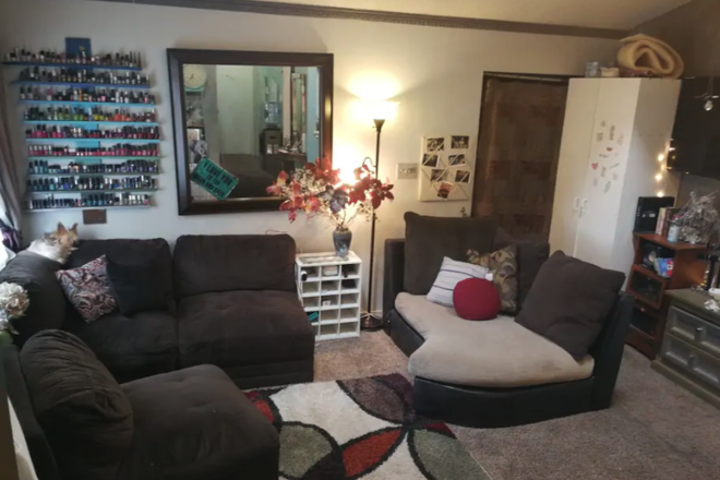 Boho-style, relaxing, private east side 1Bd/1BA