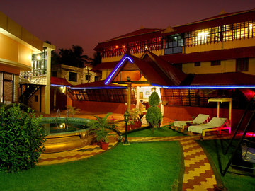 Stay Near Hospital: Sreeragam Ayurveda Hospital, Kochi