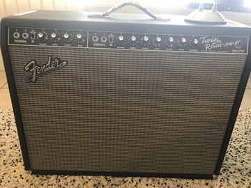 Rent : Fender Twin Reverb