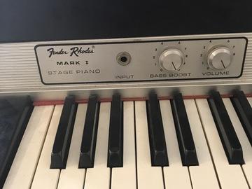 Rent : Fender Rhodes 1974 seventy three Mark I Stage Piano