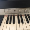 Rent : Fender Rhodes 1974 seventy three Mark I Stage Piano