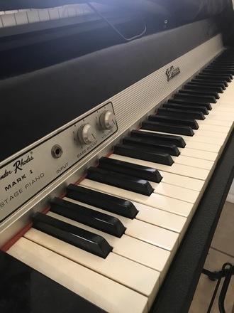 Fender Rhodes 1974 seventy three Mark I Stage Piano