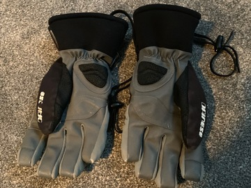 Selling: Men's Dainese Large Ski Gloves
