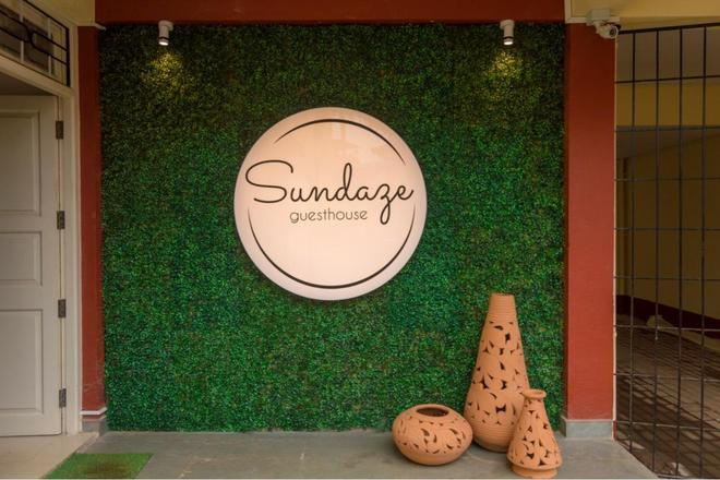 Renting out: Sundaze Guesthouse Miramar Beach Goa