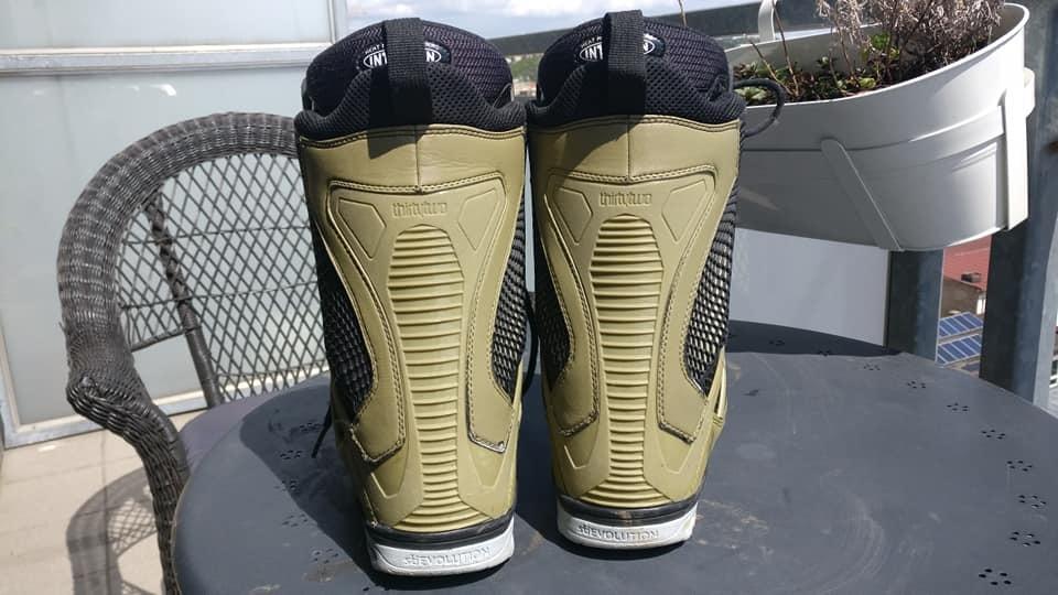 32 Snowboard boots... TM2 UK 9
