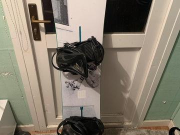 Selling: Burton joystick 150cm ride revolt bindings