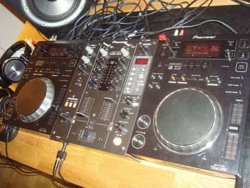 Renting Out: Pioneer DDJ-1000