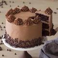 Selling: Cream Drop Chocolate Cake Half Kg