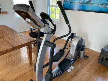 Life Fitness Elliptical Cross Trainer X7