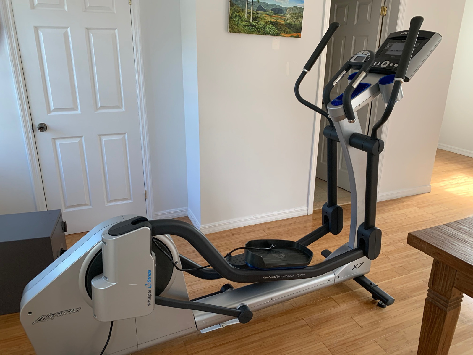 Life Fitness Elliptical Cross Trainer X7