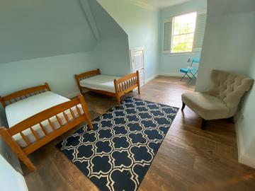 Sell: Queen & Twin bed set