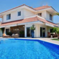 Selling: Mansion with Pool