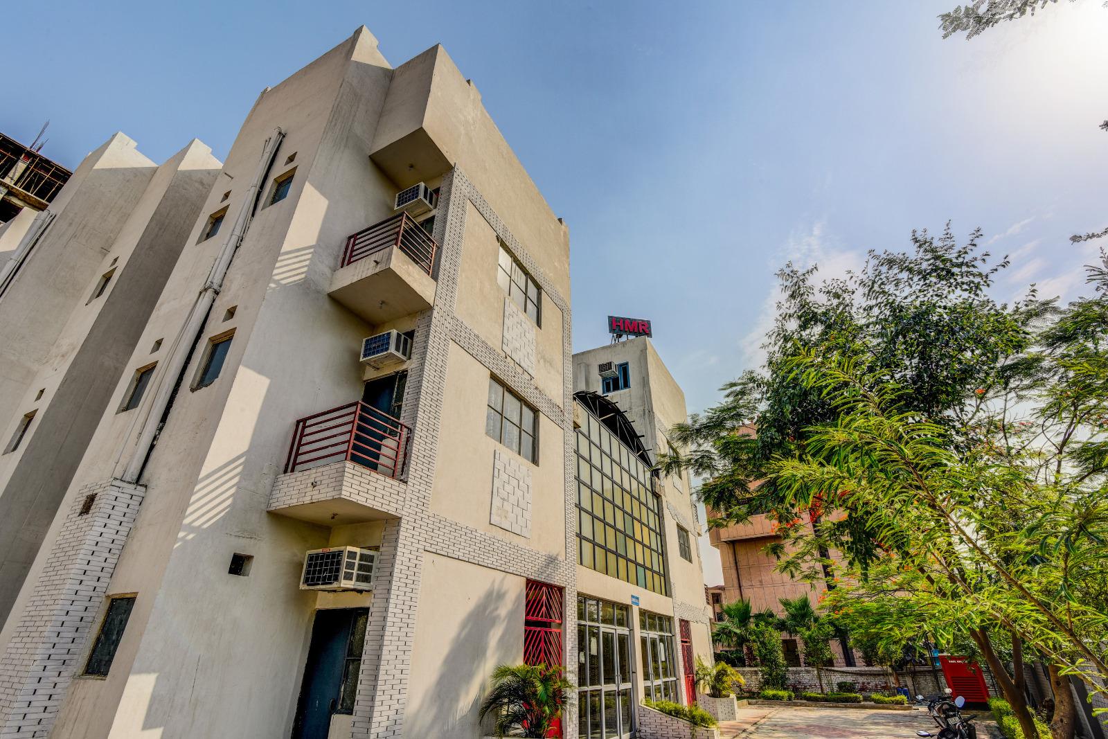 OYO CAMPUS for Boys - Greater Noida