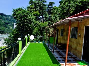 Hosting: Himalaya's Heaven Adventure Home stay