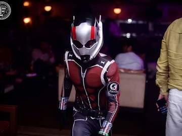 Service: Virtual Superhero Show