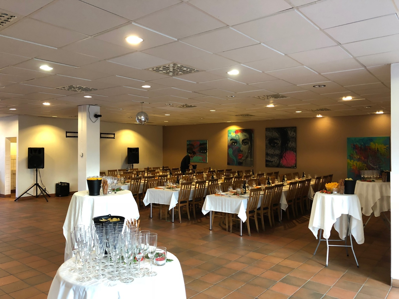 Lokanta eventlokal Måndag - Torsdag