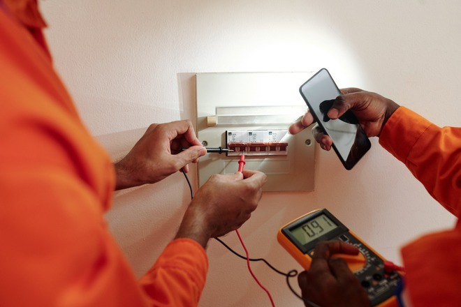 Fixed Price: Electrician