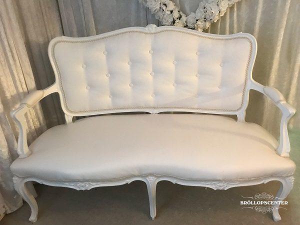 Vintage soffa till ert bröllop.
