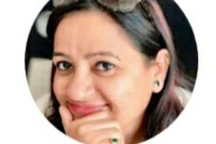 Tarot Card Reader: Simran Thakur