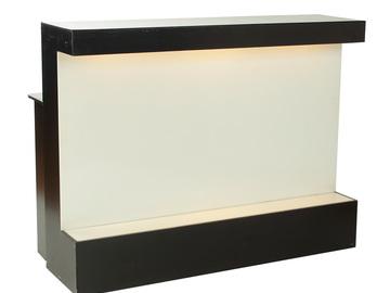 Övrig bokningstyper: Bardisk svart m. vit front 150cm upplyst