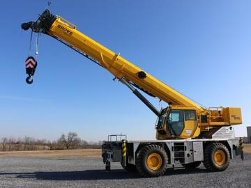 Rent: Crane rough terrain