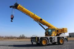 Rent: Crane rough terrain