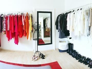 Produkte: Secondhand Damenkleider und Schuhe