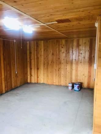 ТҮРЭЭС (УРТ ХУГАЦАА): Зуслангын байшин түрээслүүлнэ. Шарга Морьтод байдаг. Маш сайха