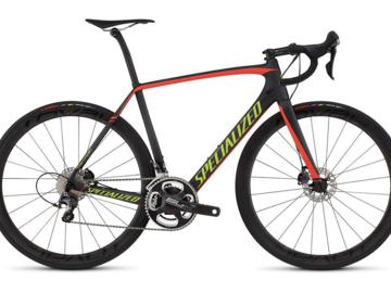 Affitto con pagamento online: Noleggio Bici Carbon Top Specialized Tarmac Expert Disc - Cortina