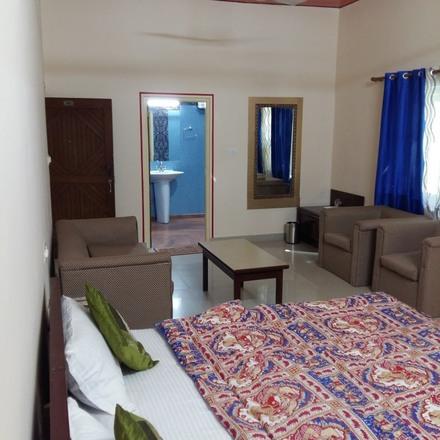 Renting out: Jaipur  Homestay , BANI PARK , JAIPUR