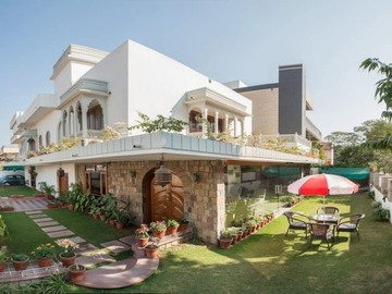Renting out: HomeStay In Civil Lines , JAIPUR