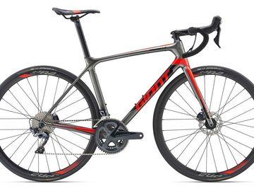 Affitto con pagamento online: GIANT TCR ADV1 DISC MY19 - Noleggio road bike Lago di Garda