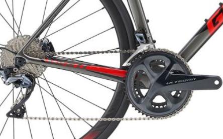 GIANT TCR ADV1 DISC MY19 - Noleggio road bike Lago di Garda