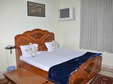 Renting out: The Midas home stay b&b guest house , Vaishali Nagar , JAIPUR