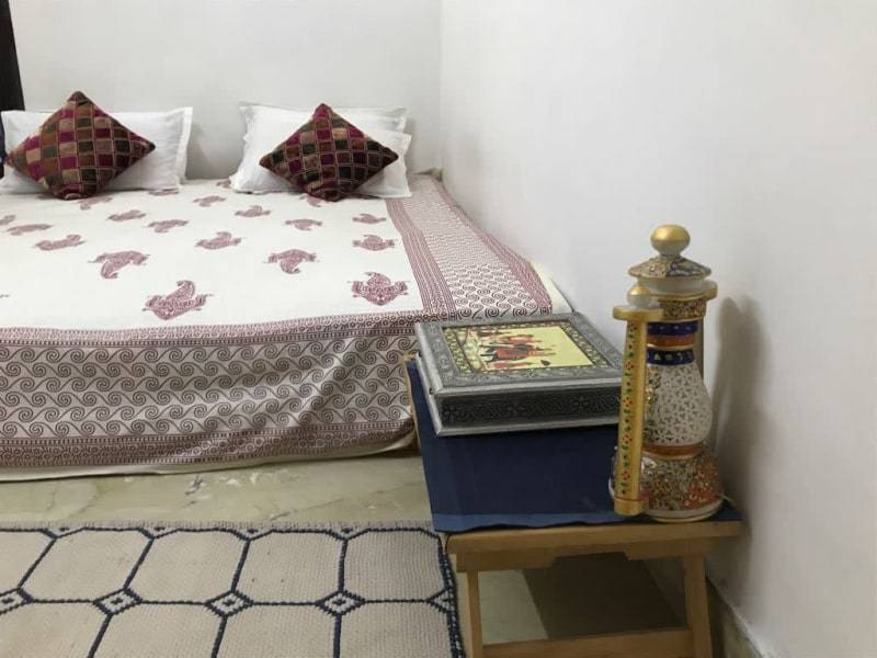 Raghukul HOMESTAY IN NEAR DINESH PHOTO STUDIO - JAIPUR