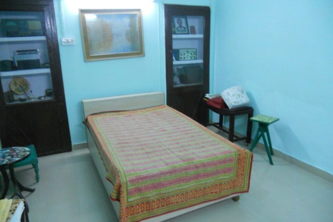 Renting out: Lovely room in a historic bungalow! HOMESTAY IN C-SCHEME - JAIPUR