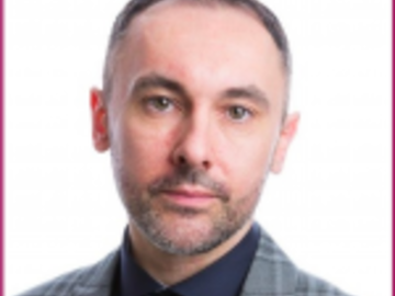 Consultation: Bartek Piasta