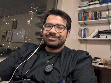 I want to provide free consultation: Dr. Karan Jatwani