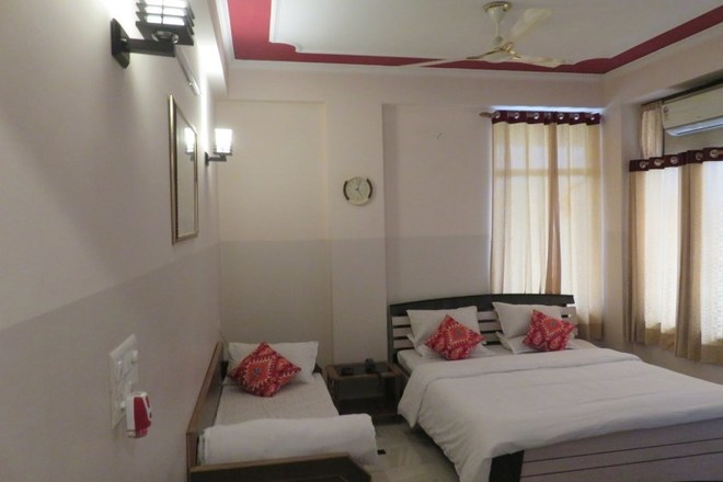 Renting out: A home away from home HOMESTAY IN NEAR JAWAHAR CIRCLE - JAIPUR