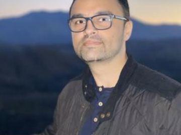 I want to provide free consultation: Dr. Amitoj Gill
