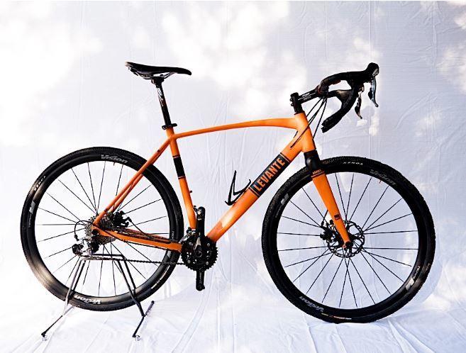 LEVANTE GRAVEL - Noleggio gravel bike Peschiera del Garda