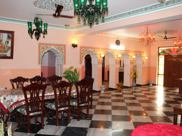 Renting out: A Regal Home in the Pink city HOMESTAY IN KHATIPURA ROAD , JAIPUR