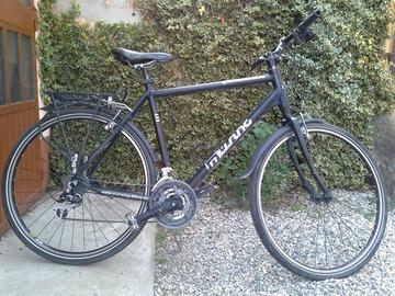 Affitto con pagamento online: Bici da Trekking/turismo Musing - Noleggio bici Torino